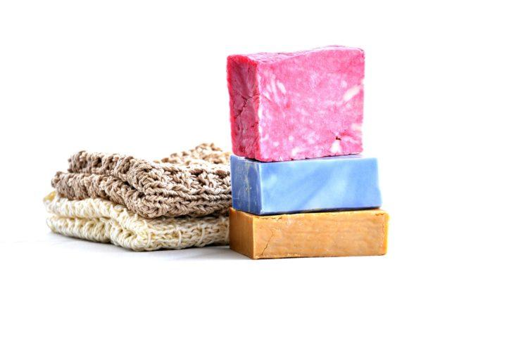 5 shampoings solides naturels zéro déchet