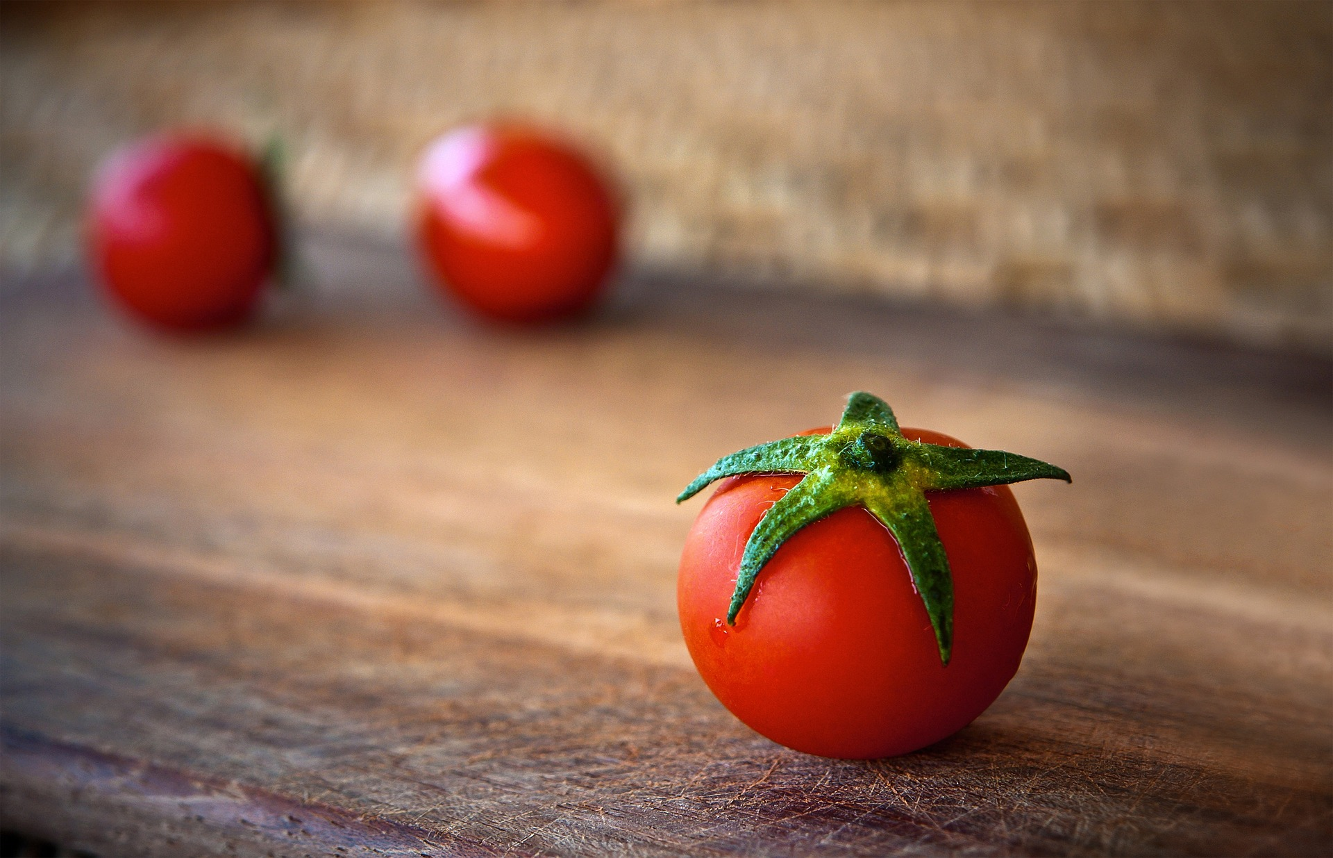 astuce anti points noirs tomate